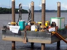 Pont Larivot Guyane barges